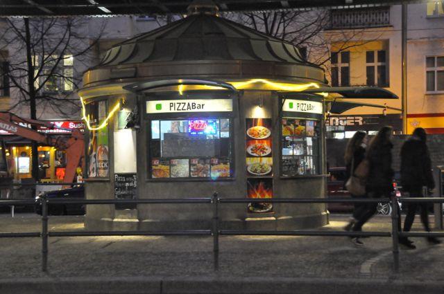 Concession stand under the U-Bahn on Schönhauser Allee, Berlin
