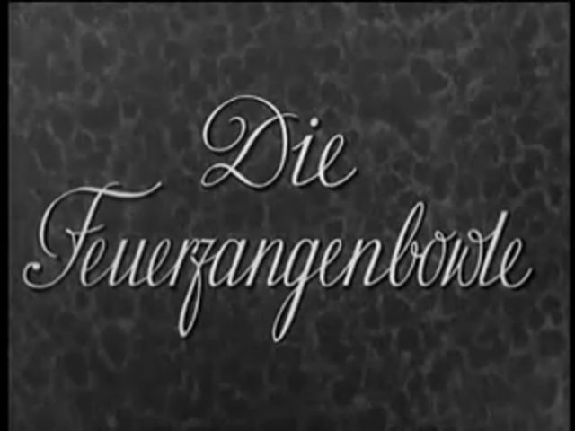 Title still from Die Feuerzangenbowle
