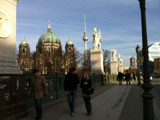 Crossing the Schlossbrücke with view of the Berlin Dom and the TV Tower