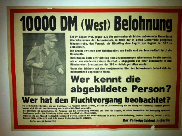 10,000 Deutschmark Reward for identifying East German refugee who was shot dead by the East German border police, 1961 poster