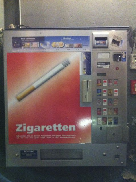 Cigarette dispenser, Berlin