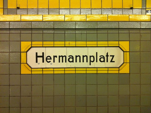 Hermannplatz U-Bahn sign