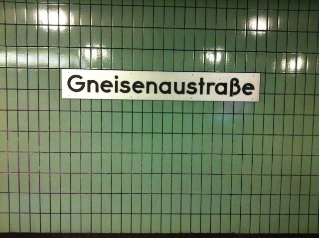 Gneisenaustrasse U-Bahn sign