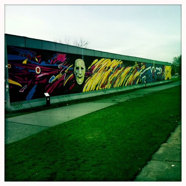 East Side Gallery / Berlin Wall
