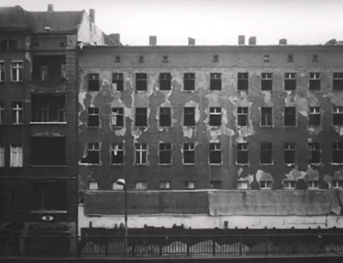 A Prenzlauer Berg building in 1990, about to be demolished